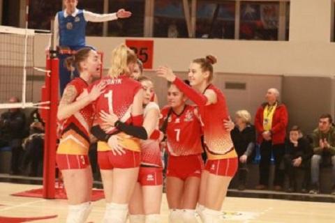 Волейболистки «Прометея» г. Каменское без проблем одержали третью победу подряд Днепродзержинск