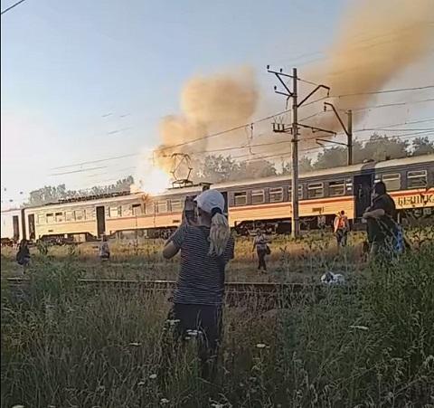 Под г. Каменское горел электропоезд Днепродзержинск
