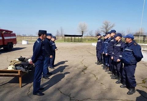 Подразделения газодымозащиты  Каменского гарнизона проводят соревнования Днепродзержинск