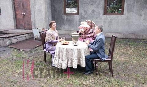 День города в Каменском начали с театрализованной экскурсии Днепродзержинск
