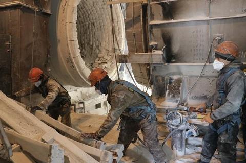 В условиях адаптивного карантина «ДМК» г. Каменское проводит реконструкцию системы газоочистки Днепродзержинск