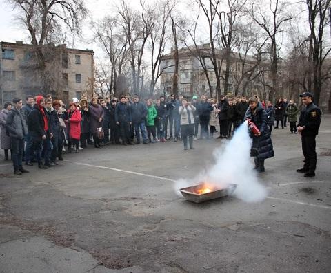 Спасатели провели в колледже г. Каменское обучающее мероприятие Днепродзержинск