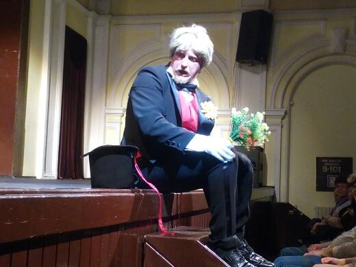 Двойное перевоплощение в каменском театре состоялось Днепродзержинск