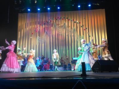 Каменской театр встречает Старый Новый год Днепродзержинск
