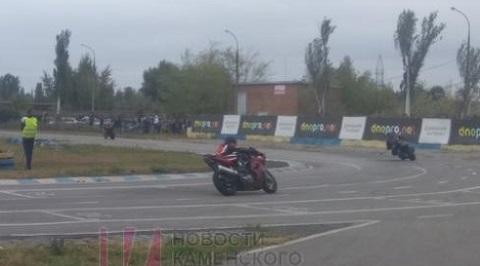 Моточемпионат украсил праздник города Каменское Днепродзержинск