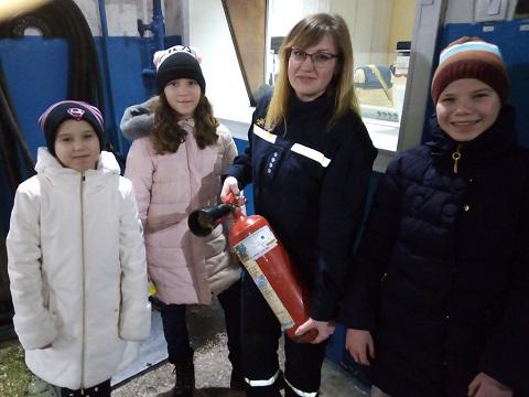 Познавательная экскурсия прошла в ГПСЧ№ 22 г. Каменское для детей из ДДСТ Днепродзержинск