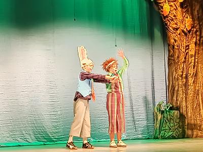 Премьера новогодней сказки «Солнце среди ночи» на Новой сцене театра в Каменском Днепродзержинск