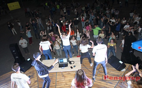 Фестиваль уличной музыки в  Каменском стал в городе творческим событием  Днепродзержинск