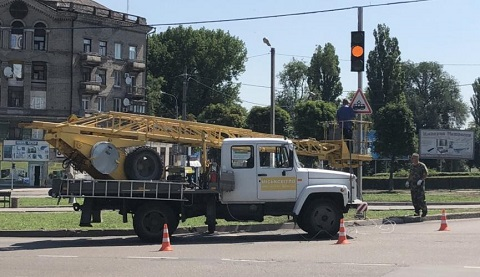 Новые дорожные знаки и указатели установили в Каменском Днепродзержинск