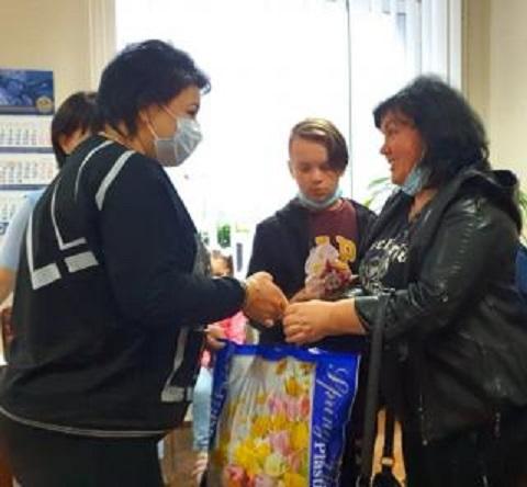 В Каменском с Днём защиты детей поздравили ребят льготных категорий Днепродзержинск