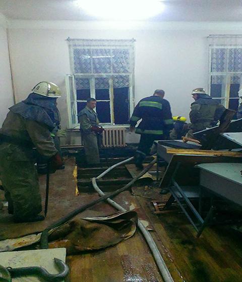 ВКаменском тушили пожар вуниверситете