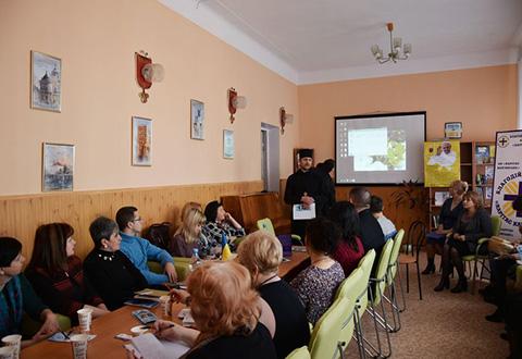 За круглым столом в Каменском говорили о социальной политике Днепродзержинск