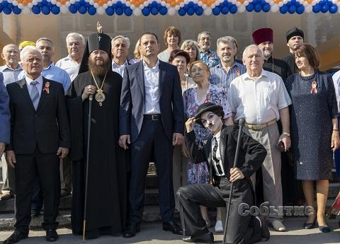 В Каменском современный кинозал принял первых посетителей Днепродзержинск
