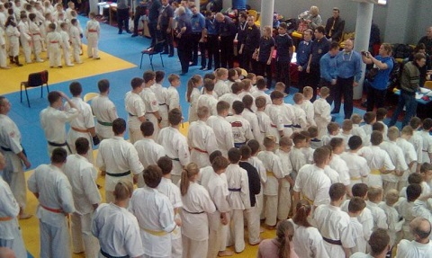 Каменские каратисты завоевали 32 награды на чемпионате области Днепродзержинск