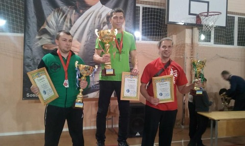 Командный кубок завоевали спортсменки Каменского на соревнованиях по киокушин каратэ-до Днепродзержинск