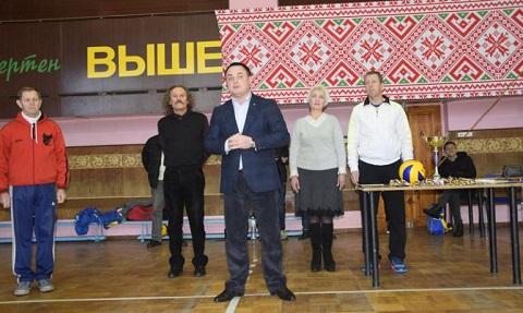 Ежегодный волейбольный турнир провели в Каменском  Днепродзержинск