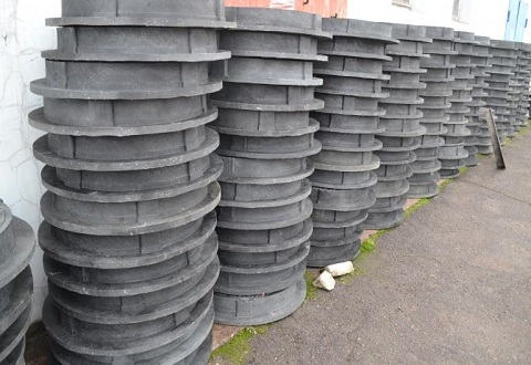 «Горводоканал» г. Каменское пополнил запасы полимерных люков Днепродзержинск