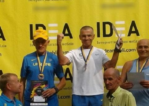 Каменчанин стал победителем субботнего легкоатлетического кросса Днепродзержинск