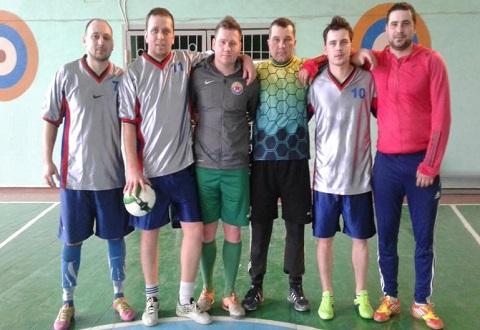 В Каменском футболисты продолжают Кубок города по мини-футболу Днепродзержинск