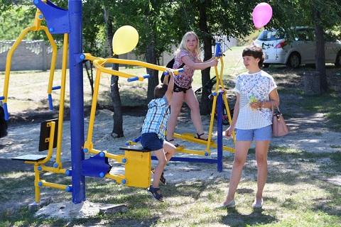 Новая зона отдыха в Каменском появилась у набережной в Романково Днепродзержинск