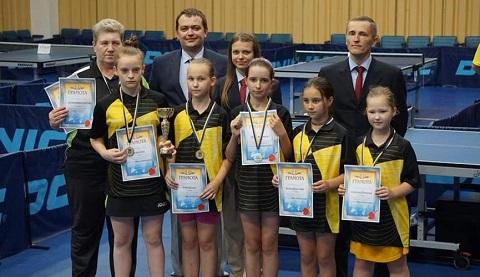 На чемпионате Украины теннисистки г. Каменское заняли призовое место Днепродзержинск