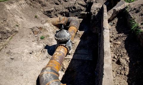 «Горводоканал» г. Каменское провел работу по замене задвижки на очистных сооружениях Днепродзержинск