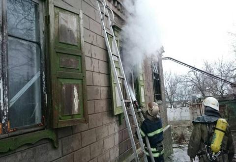 Спасатели Каменского ликвидировали пожар в жилом доме Днепровского района Днепродзержинск