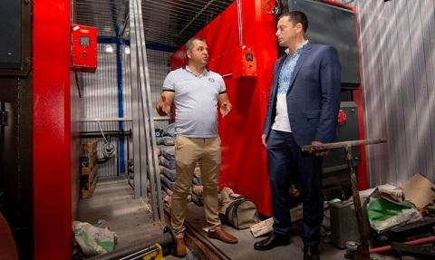 Мэр г. Каменское проверил ход работ по теплоснабжению и замене электросетей Днепродзержинск