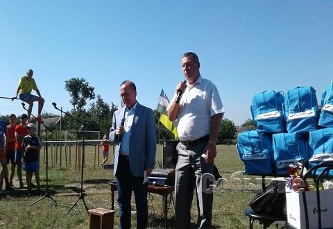 В Каменском провели молебен за погибших в небе над Куриловкой футболистов из Узбекистана Днепродзержинск