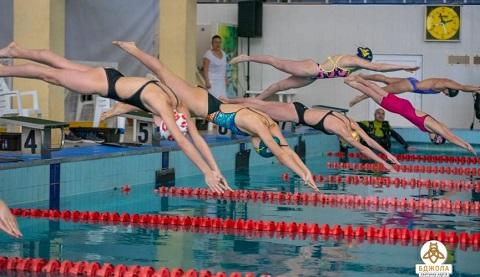В бассейне «МиКомп» города Каменское прошел турнир по плаванию Днепродзержинск