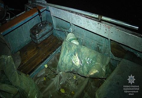 Недалеко от Каменской ГЭС водная полиция задержала браконьера Днепродзержинск