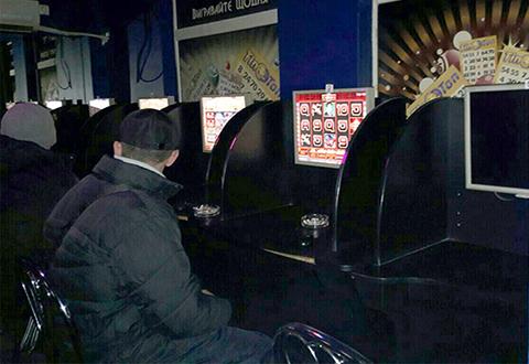 Каменские правоохранители прекратили деятельность нелегальных игровых заведений Днепродзержинск