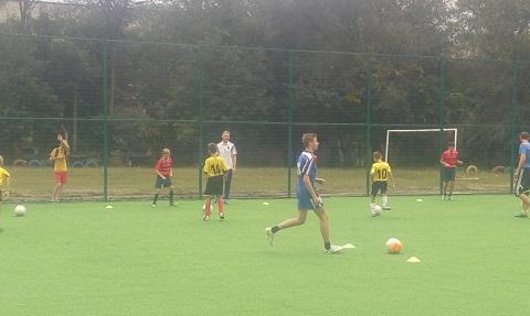 Новое мини-поле для футбола открыли в Каменском Днепродзержинск