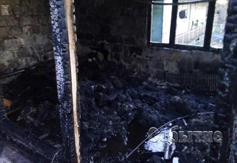 В речном порту г. Каменское горело подсобное помещение Днепродзержинск