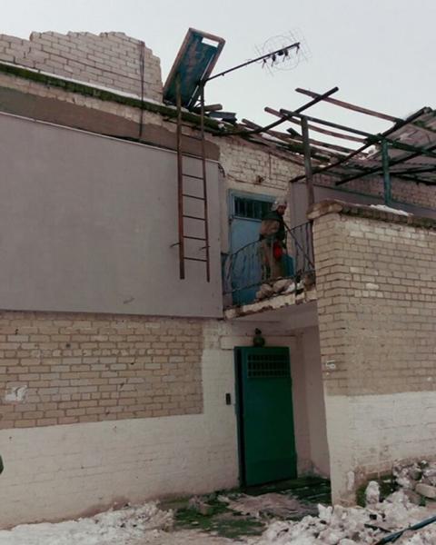 ВКаменском вдвухэтажном доме обвалилась крыша