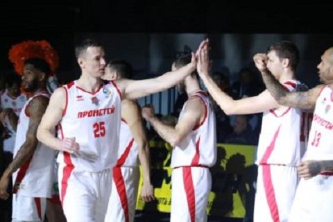 Баскетболисты г. Каменское провели встречу с командой «Киев-Баскет» Днепродзержинск