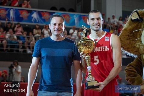 Градоначальник г. Каменское поздравил команду «Прометей» с победой Днепродзержинск