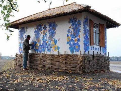 Петриковская роспись украсит стены домов и зданий у Днепродзержинска Днепродзержинск