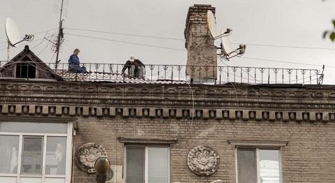 Ремонт кровли проводят в разных районах Каменского Днепродзержинск