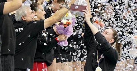 Заслуженная победа и награждение волейболисток СК «Прометей» г. Каменское Днепродзержинск