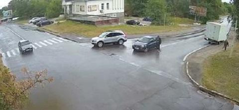 В Каменском по улице Харьковской произошло ДТП Днепродзержинск