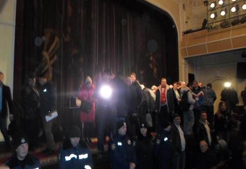 Политические баталии в Каменском продолжаются Днепродзержинск