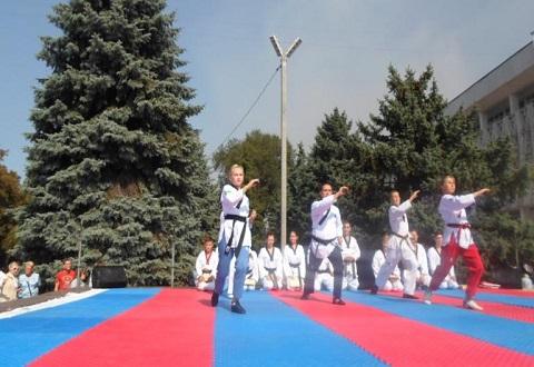 Городской голова Каменского провел общегородскую тренировку Днепродзержинск