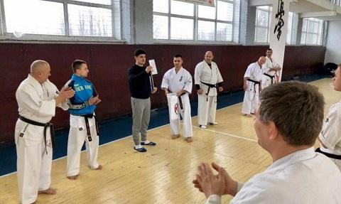 Каменчане стали участниками учебно-тренировочного сбора по киокушин карате Днепродзержинск