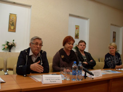 13 спектаклей фестиваля «Классика сегодня» Днепродзержинск
