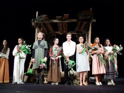 Большая сцена завершила фестиваль спектаклем «Жара» Днепродзержинск