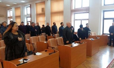 Каменские депутаты провели заседание внеочередной сессии горсовета Днепродзержинск