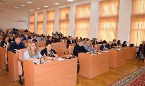 На сессии горсовета г. Каменское новым топонимам Карнауховки дали наименования Днепродзержинск