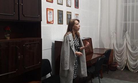 В Каменском начала работу «Школа этикета» Днепродзержинск
