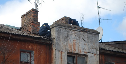 В Каменском отремонтировали кровлю в доме по улице Республиканской Днепродзержинск